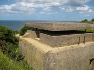 Normandy_bunker_command_post
