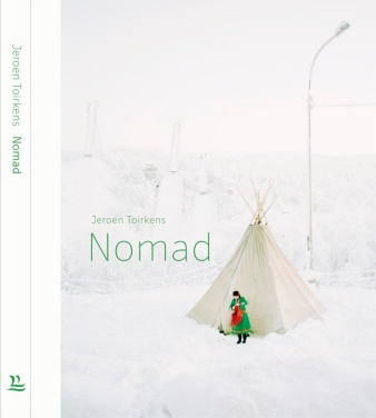 NOMAD_Omslag