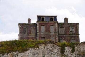 maison-sur-la-falaise-ault-64872c1b-52c2-4266-94d5-9e189b6cc3ec