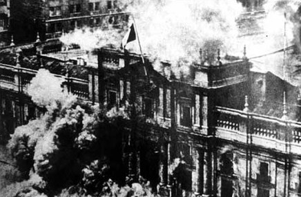 Moneda Bombing