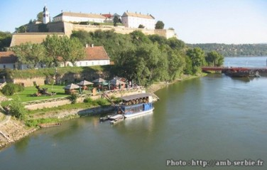 Petrovaradin-Forteresse-Danube-Novi-Sad-Serbie