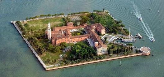 2560px-San_Lazzaro_degli_Armeni,_Venice_aerial_photo_2013