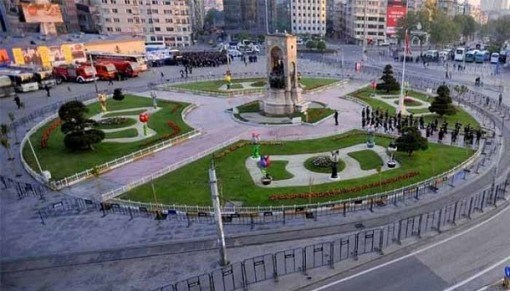 Taksim-Square-May-1-Labor-Day-e1458564993688