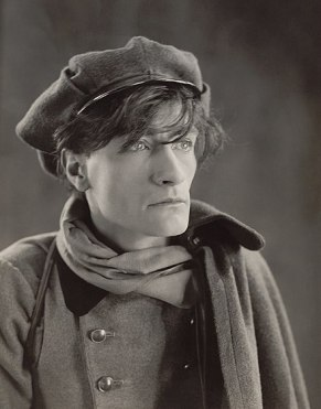 440px-Antonin_Artaud_1926