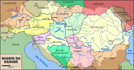 1400px-Bassin-du-Danube