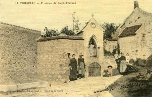 Carte-Postale-Ancienne-La-Thurelle-Fontaine-de-Saint-Fortune
