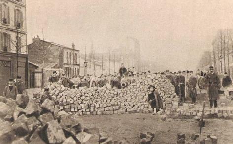 paris-barricade-rue-allemagne-sebastopol-Commune-18711