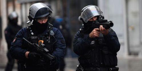 Mobilisation-des-lyceens-les-tirs-de-flash-ball-au-coeur-des-plaintes-contre-les-violences-policieres